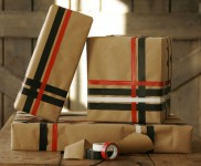 Envolver regalos de forma original reciclando