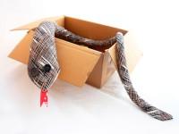 Manualidades con tela: Una serpiente de peluche