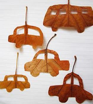 Manualidades infantiles con hojas, haz coches