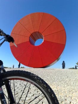 Parque Juan Carlos I en Madrid, ¡alquila gratis la bici!