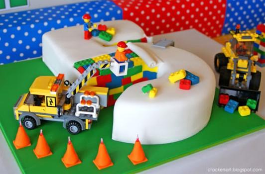 Tarta fácil para un cumpleaños infantil de Lego