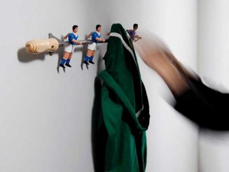 Una percha infantil de fútbol