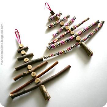 Adornos navideños caseros hechos con ramitas
