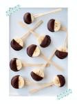 Piruletas de plátanos y chocolate: ¡merienda divertida!