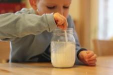 Manualidades para niños: cómo hacer cola casera