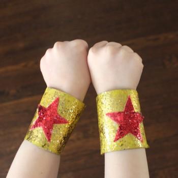 5 manualidades para niños ¡de superhéroes!