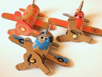 6 manualidades para niños ¡de aviones!