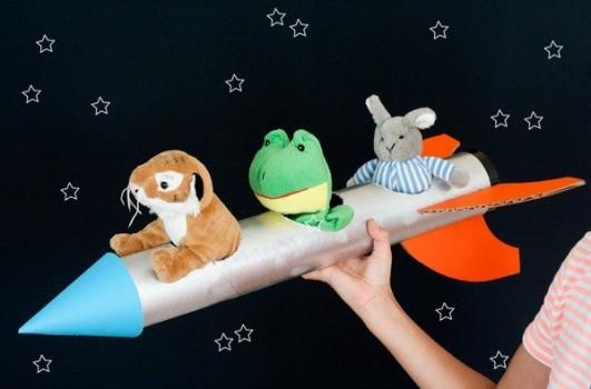 Manualidades para niños de cohetes espaciales