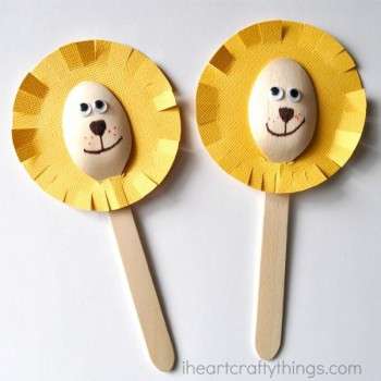 5 manualidades para niños ¡con cucharas!