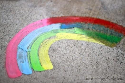 Manualidades infantiles: cómo hacer tizas líquidas