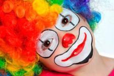 Cómo hacer un maquillaje de payaso paso a paso