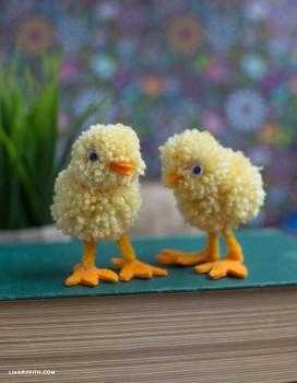 Pompones de lana, 5 manualidades divertidas
