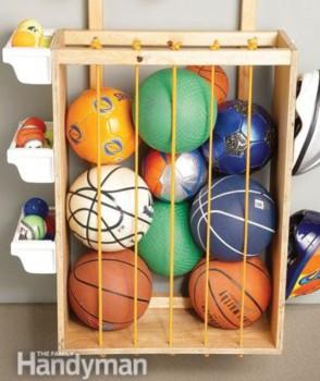 Guardar pelotas, solución para el dormitorio infantil