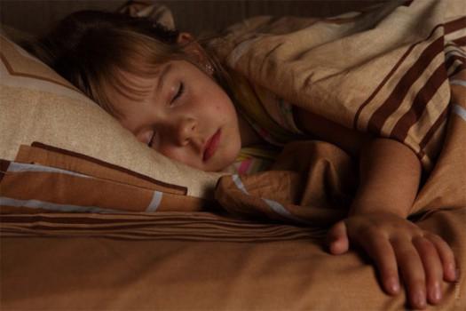 Consejos para un paso exitoso de la cuna a la cama