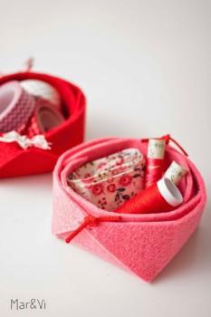 Manualidades con fieltro: una mini cesta muy fácil