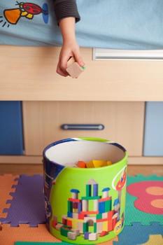 Cómo lograr que los niños ordenen sus juguetes