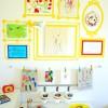 Decorar paredes con los dibujos de los niños