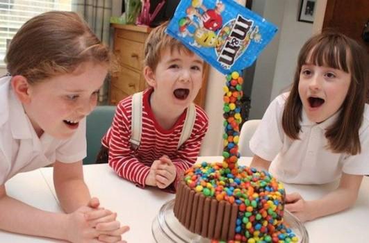 Cómo hacer una tarta de cumpleaños ¡antigravedad!