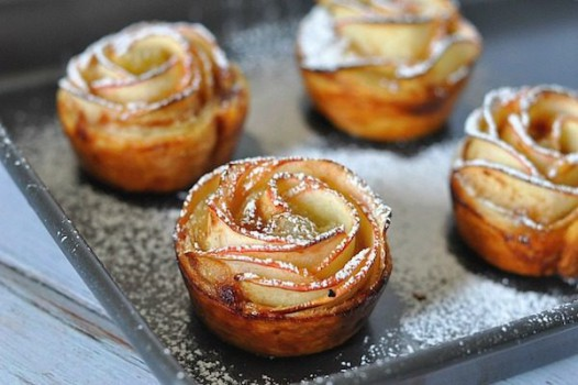 Recetas fáciles, rosas de hojaldre con fruta o verdura