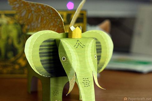Un elefante con alas recortable 2
