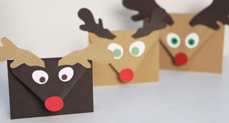 sobres para las postales de navidad una manualidad. Black Bedroom Furniture Sets. Home Design Ideas