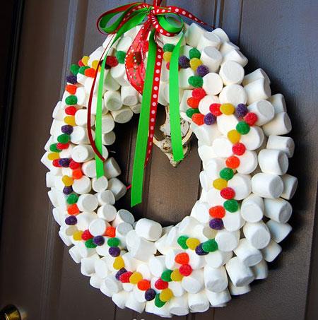 Corona de Navidad chucherias