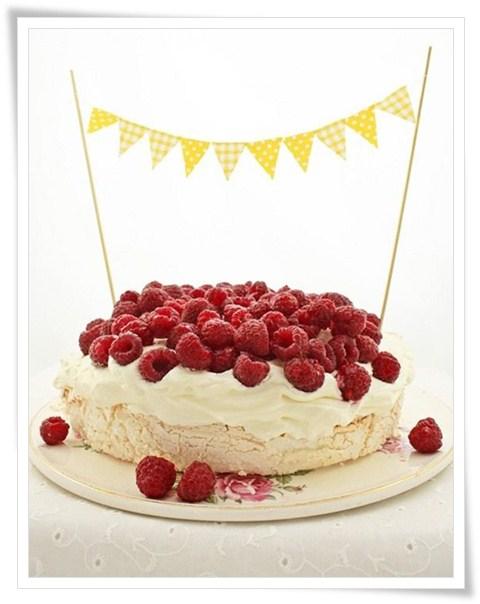 Como Decorar Tartas Con Guirnaldas Pequeociocom - Adornos-tarta