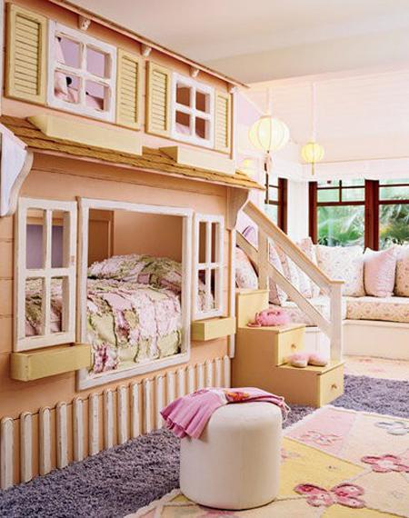 este modelo de litera casita es bastante complejo pero es una monada ideal para casas con amplias donde no existe un dormitorio extra para