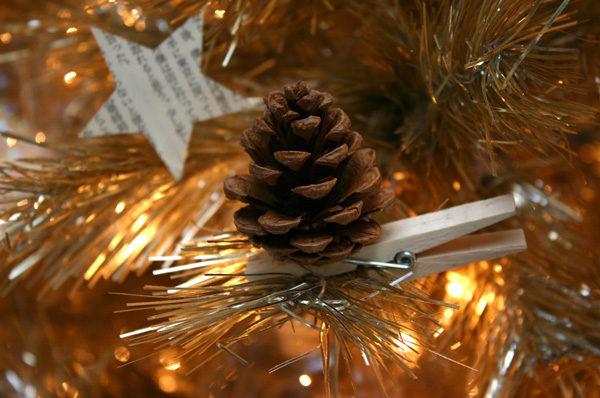 Decoración natural del árbol de Navidad