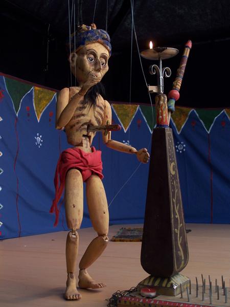 The Puppet Circus marionetas