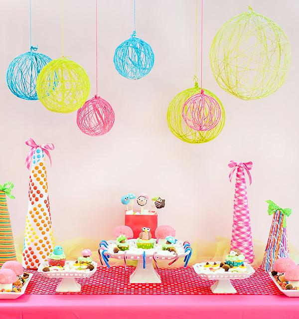 Decorar una fiesta con globos de lana pequeocio - Decoracion cumpleanos infantiles manualidades ...