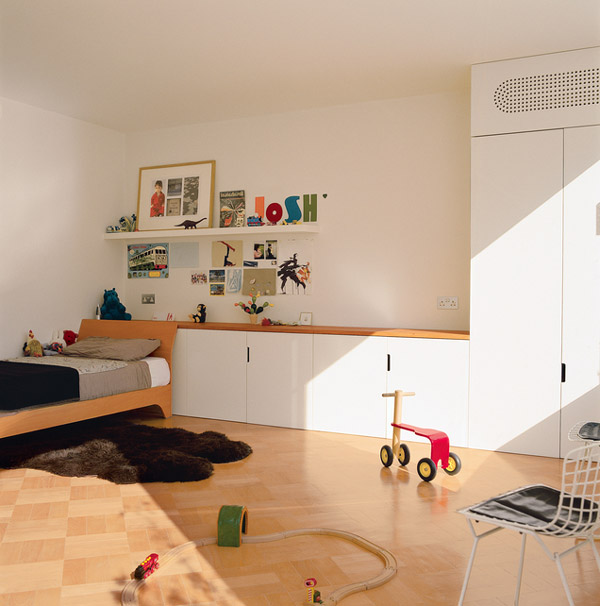 7 habitaciones infantiles en blanco pequeocio - Paredes para ninos ...