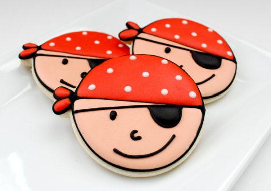Cómo decorar galletas para una fiesta pirata 10