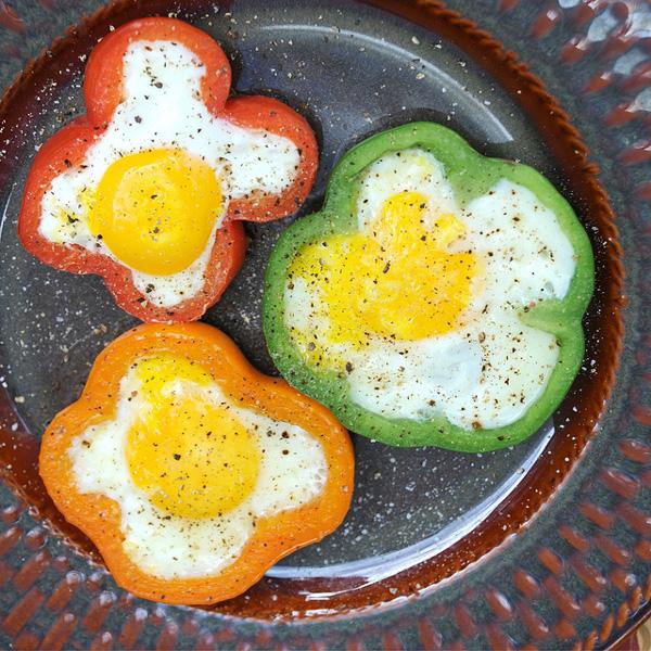 receta-huevos-fritos-pimiento