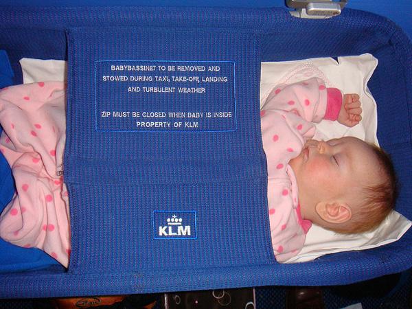 Viajar con bebés en avión