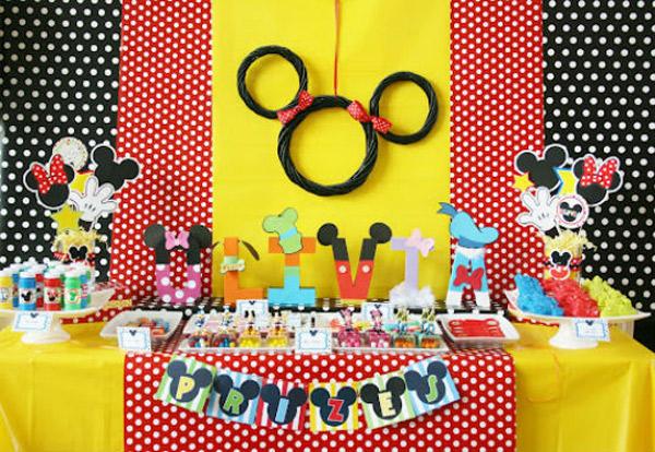 Fiestas infantiles: Mickey