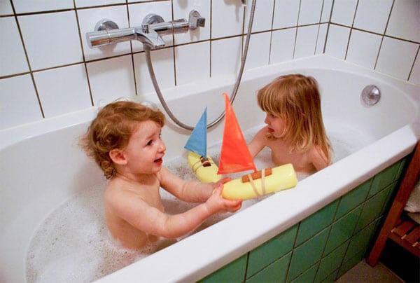 Cómo hacer barcos de juguete reciclando