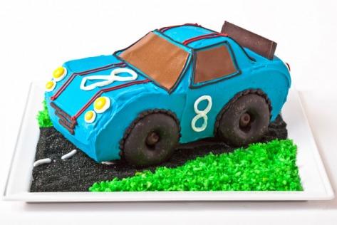 Tarta cumpleaños coche