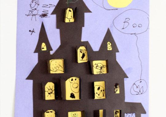 Cómo hacer una casa encantada de papel para Halloween 5