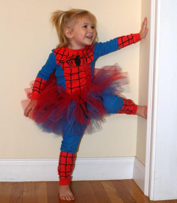 Disfraces para ni as superhero nas pequeocio for Fotos originales de bebes para hacer en casa