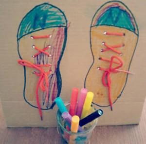 Plantilla para aprender a atarse los zapatos