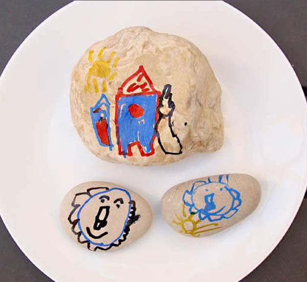 Pintar piedras manualidad