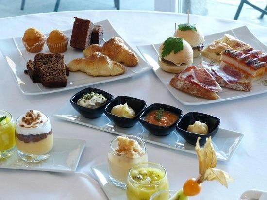 Hotel Milano Real desayuno