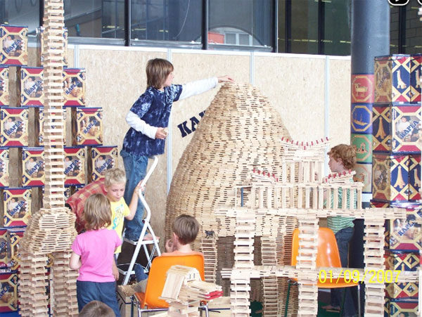 Kapla, juego infantil de construcción con bloques