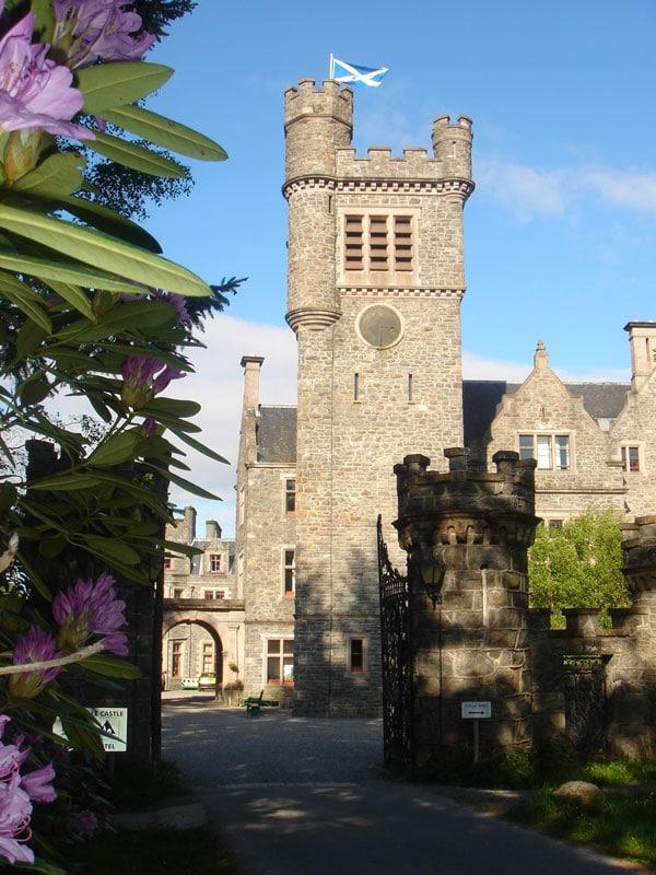 Alojamiento-con-ninos-Carbisdale_Castle