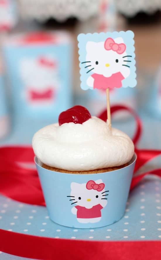 Cupcakes cumpleaños Hello Kitty