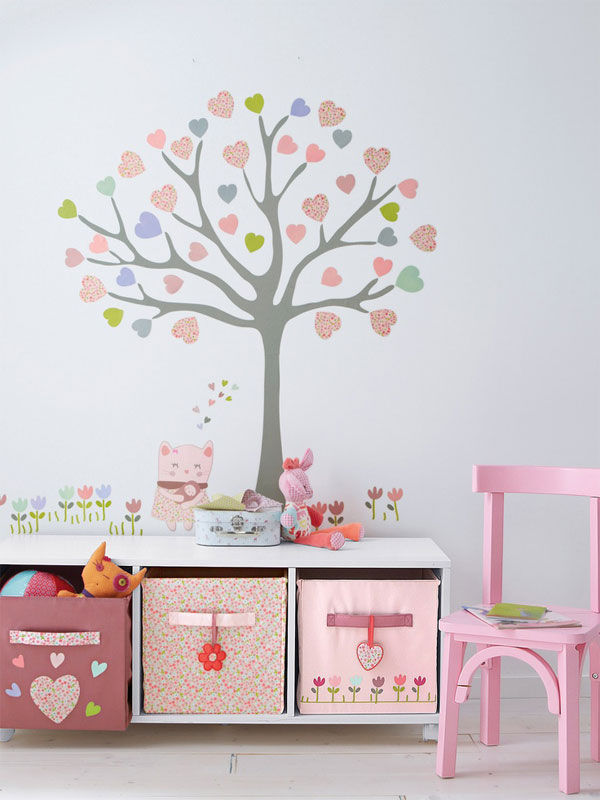 5 ideas originales para decorar paredes infantiles pequeocio for Vinilos juveniles nina