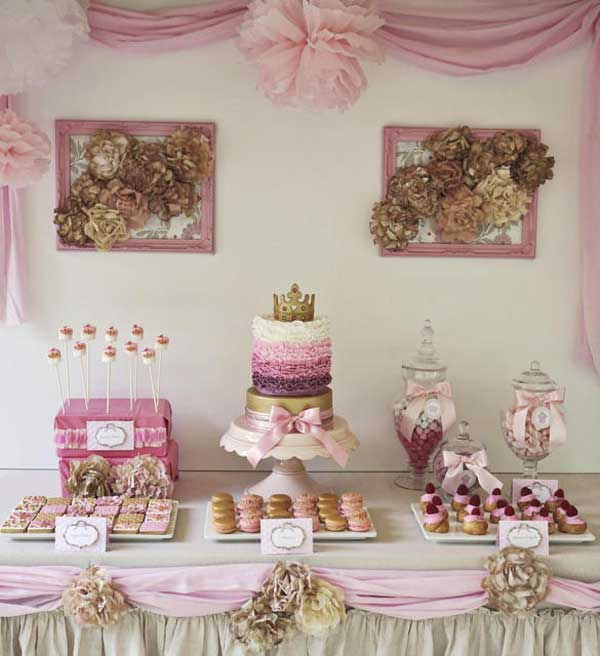 Una tarta para un cumplea os infantil de princesas for Kitchen set for 9 year old