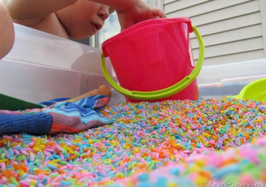 Manualidad infantil para estimular los sentidos