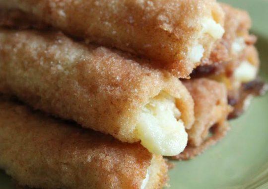 rollitos de pan de molde fritos